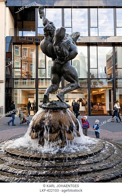 Fountain sculpture of two wrestlers from sculptor Juergen Weber, inspired by the fight between Chris Taylor and Winfried Dietrich, Brunswick, Lower Saxony