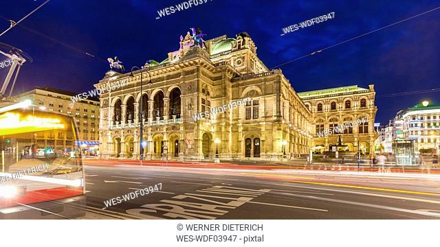 Austria, Vienna, state opera, ring road, tram at night
