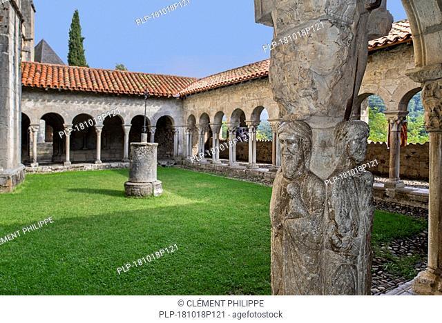 Cloister of the Cathédrale Sainte-Marie / Cathédrale Notre-Dame de Saint-Bertrand-de-Comminges cathedral, Haute-Garonne, Pyrenees, France