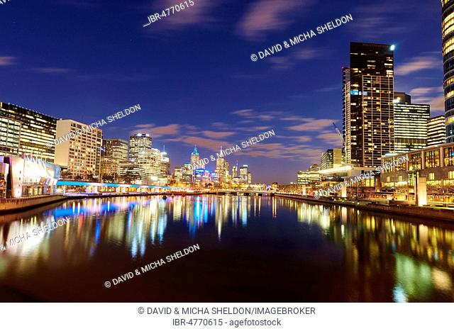 City Centre, skyline with scyscrappers at the Yarra river at dusk, Melbourne, Victoria, Australia
