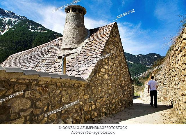 Chisagües, Bielsa. Pyrenees Mountains, Sobrarbe, Huesca province, Aragon, Spain