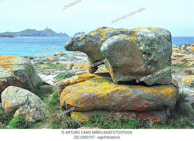 The Stone of the Bear on the Costa da Morte, in the background is the Cape Vilan or Vilano. Camariñas, La Coruña, Spain