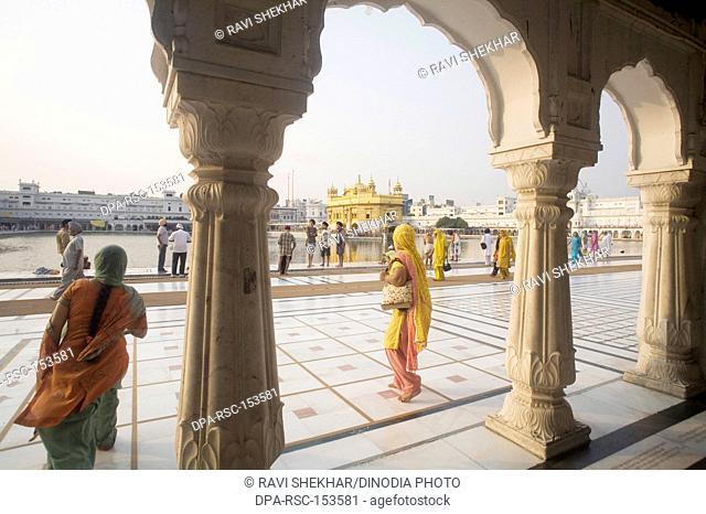 Marble pattern design and pillar courtyard architecture ; Swarn Mandir Golden temple ; Amritsar ; Punjab ; India