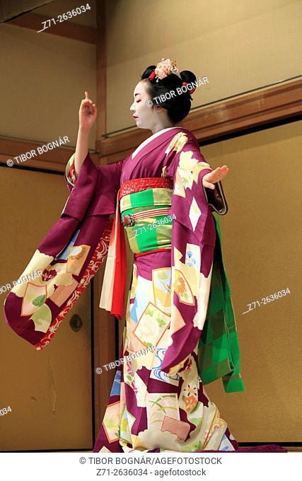 Japan; Kyoto; kyomai, dance, dancer, maiko,
