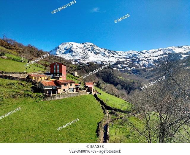 Melendreros and Sierra de Peñamayor in background. Bimenes municipality, Asturias. Spain