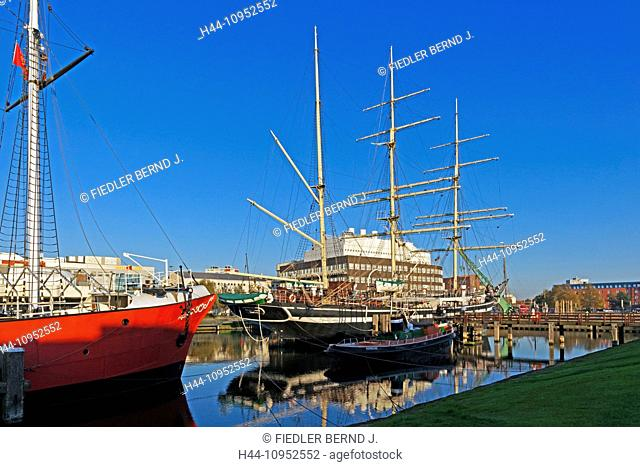 Europe, Germany, Bremen, Bremerhaven, am Strom, old harbour, port, German, navigation museum, lightship, ELBE 3, sail ship, SEUTE DEERN, longboat, HELMUT