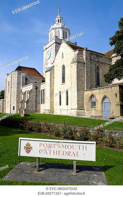 The Anglican Cathedral Church of St Thomas of Canterbury started in the 12th Century and completed in 1980. Consecrated as a cathedral in 1927