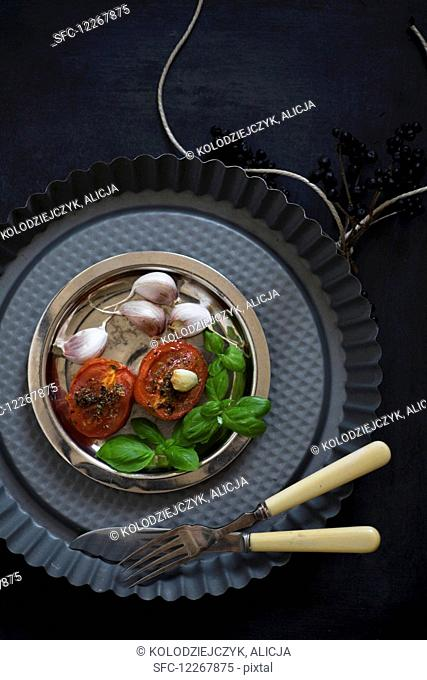 Stewed tomatoes with garlic and basil