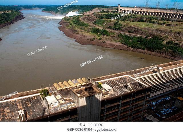 Itaipu Binacional; Dam Hydroelectric Power Plant; Foz do Iguaçu; PR; Paraná; Brazil