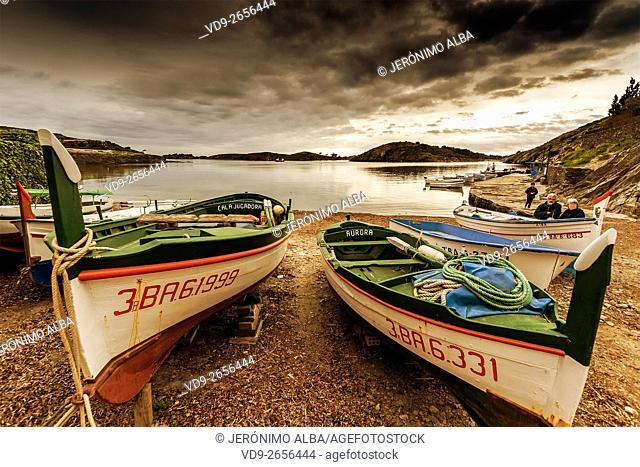 Fishing boats in Port Lligat, Cadaqués. Cap de Creus Natural Park. Rough Coast. Alt Empordà Region. Girona Province. Catalonia. Spain Europe