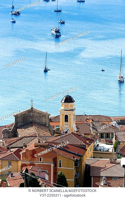 Europe, France, French Riviera, Alpes-Maritimes, Villefrance-sur-Mer. The bay and the Old town