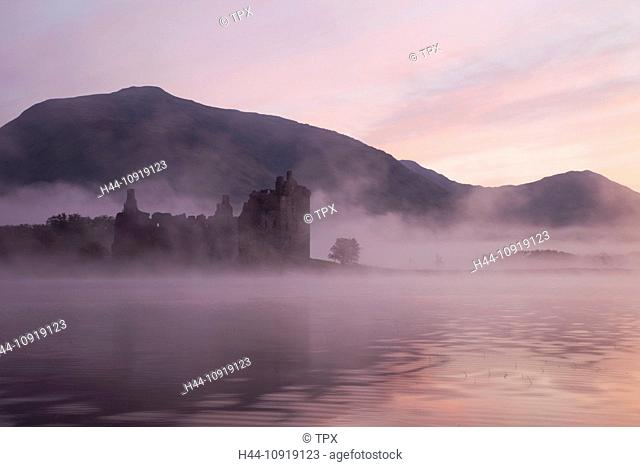UK, United Kingdom, Europe, Scotland, Strathclyde, Loch Awe, Kilchurn Castle, Scottish Castles, Scottish, Castle, Castles, Mist, Fog, Moody, Dawn, Sunrise