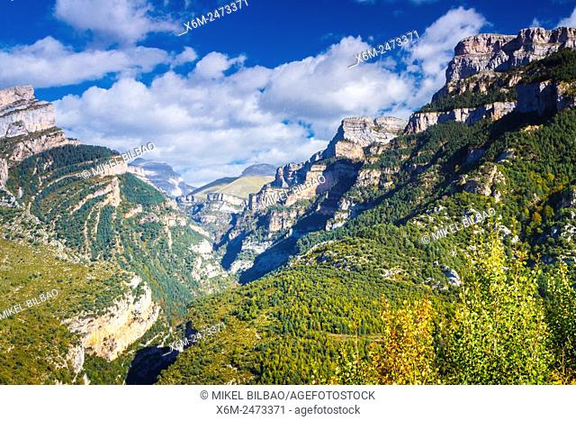 Añisclo Canyon. Ordesa National Park. Pyrenees, Huesca, Spain, Europe