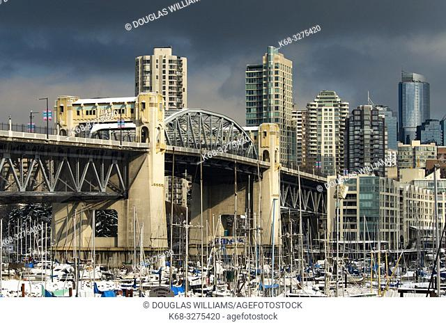 Vancouver skyline with Burrard Bridge and marina, False Creek, Vancouver, BC, Canada