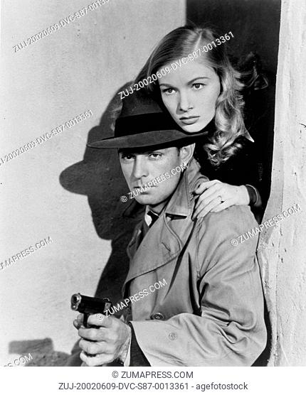 1942, Film Title: THIS GUN FOR HIRE, Director: FRANK TUTTLE, Studio: PARAMOUNT, Pictured: GUN CRAZY, HAND GUN, ALAN LADD, VERONICA LAKE, FRANK TUTTLE