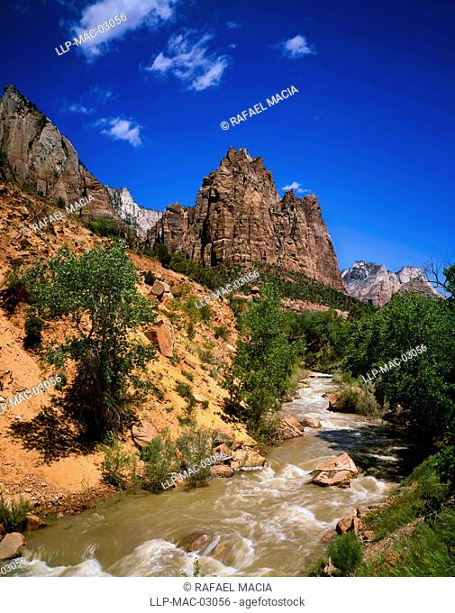 View of the Court of the Patriarchs area, with the north fork of the Virgin River, in Zion National Park