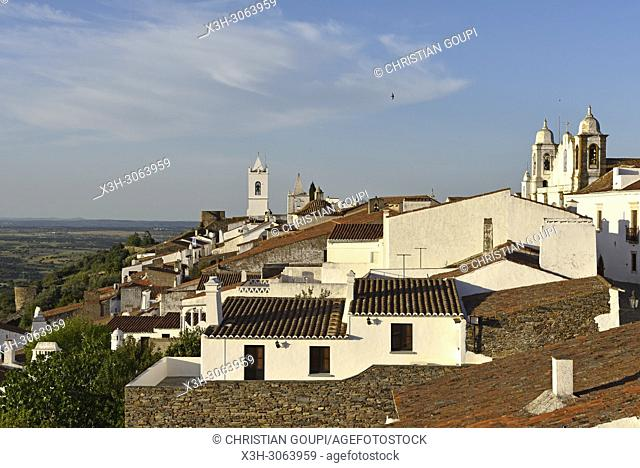 Perched village Monsaraz, Municipality of Reguengos de Monsaraz, Alentejo region, Portugal, southwertern Europe