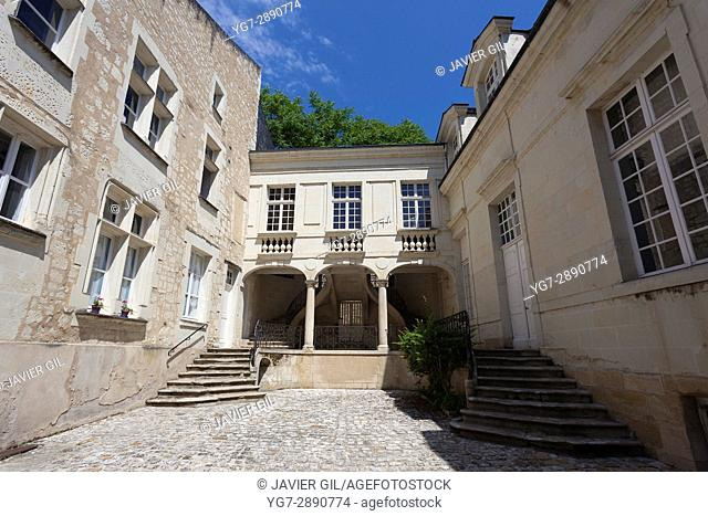 Architecture of the rue Saint Maurice, Chinon, Indre-et-Loire, Loire valley, Central region, France
