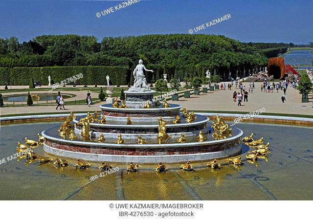 Latona fountain and metal horn of the artist Anish Kapoor in the castle gardens, Palace of Versailles, UNESCO World Heritage Site, Versailles, Yvelines