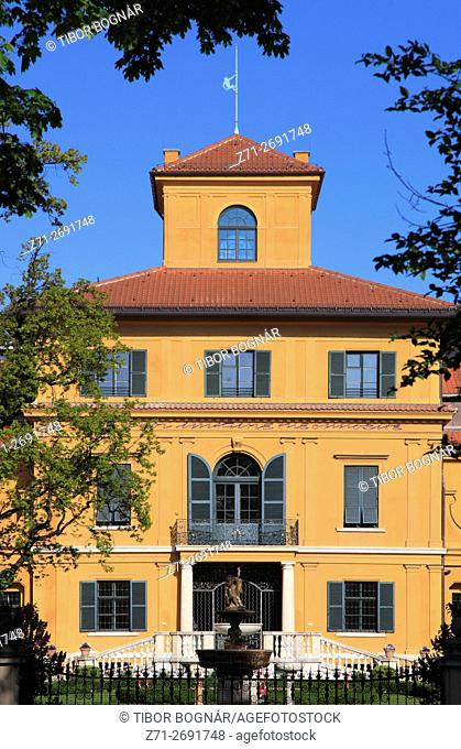 Germany, Bavaria, Munich, Lenbachhaus, historic architecture,