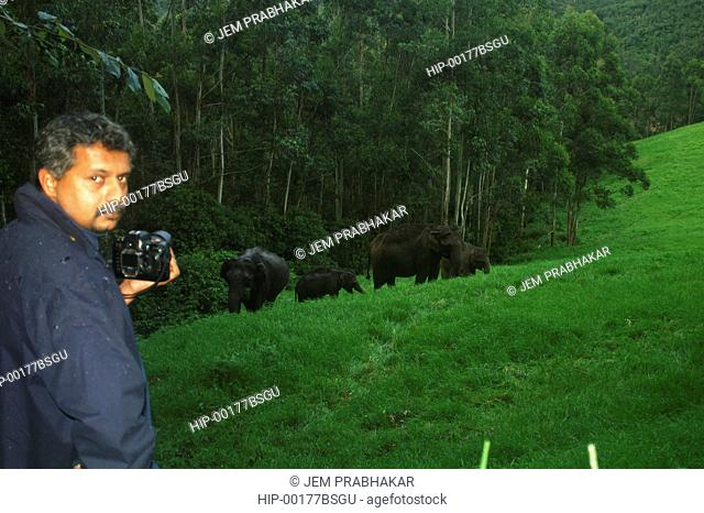 PHOTOGRAPHY IN PROGRESS IN MUNNAR, INDIA