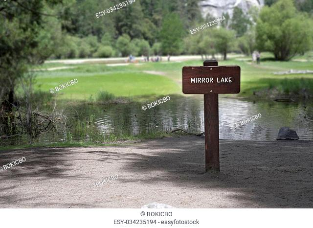 Yosemite Mirror Lake on Tenaya Creek, Meadow Trail