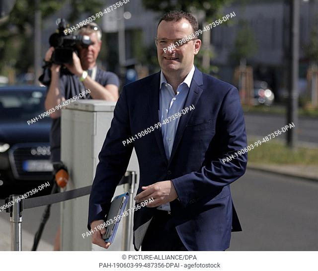 03 June 2019, Berlin: Federal Health Minister Jens Spahn (CDU) concludes the closed meeting of the CDU federal executive. Photo: Christoph Soeder/dpa