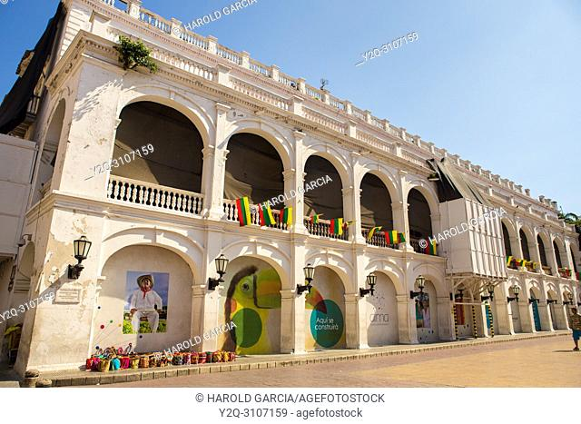 Colonial buildings in the ancient walled city of Cartagena de Indias. UNESCO's historical patrimony of humanity. Cartagena, Colombia