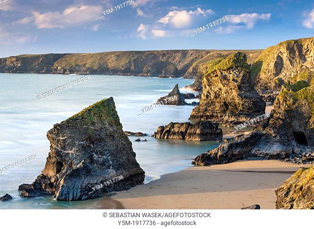 A view towards Bedruthan Steps in north Cornish coast between Padstow and Newquay, Cornwall, England, United Kingdom, Europe