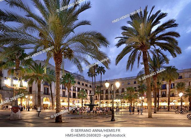 Spain, Catalonia, Barcelona, Plaça Reial