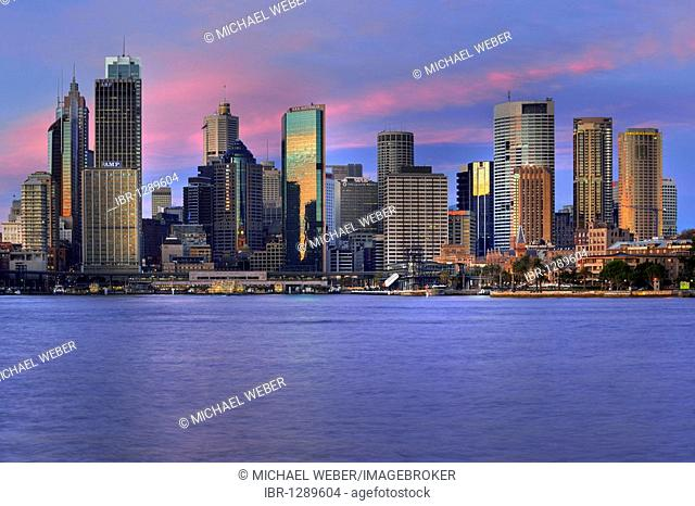 View of Sydney Cove in the morning light, Circular Quay, port, Sydney skyline, Central Business District, Sydney, New South Wales, Australia