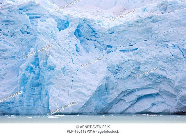 Smeerenburgbreen, calving glacier near Reuschhalvøya in Albert I Land debouches into Bjørnfjorden, inner part of Smeerenburgfjorden, Svalbard, Norway