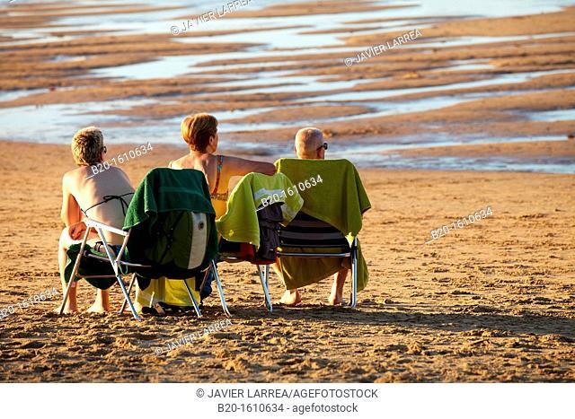 Zurriola Beach, Donostia, San Sebastian, Gipuzkoa, Basque Country, Spain
