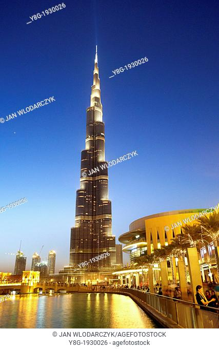 Burj Khalifa Tower, the tallest skyscrapers in Dubai and in the world 829 8 m , Dubai, United Arab Emirates