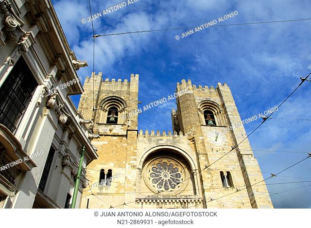 Se Patriarcal -Lisbon Cathedral- built in the 12th century. Alfama, Lisbon, Portugal