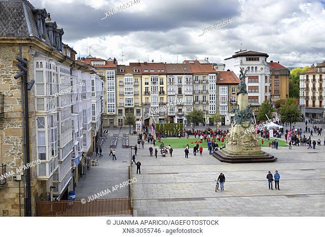Plaza de la Virgen Blanca, Vitoria, Gasteiz, Álava, Basque Country, Euskadi, Euskal Herria, Spain