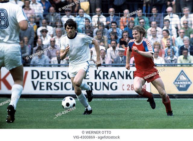 football, 2. Bundesliga Nord, 2. Bundesliga Sued, 1974/1975, relegation match to Bundesliga 1975/1976, return leg, Grotenburg Stadium in Krefeld