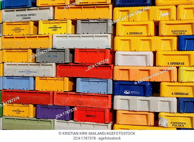 Many fish boxes in different colours