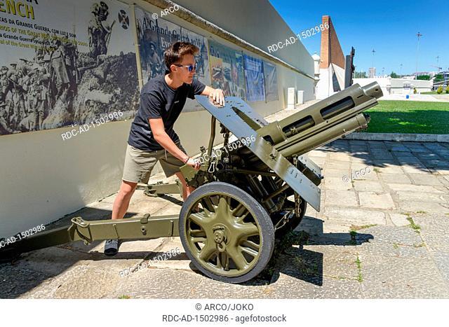 Kanone, Museu do Combatente, Belem, Lissabon, Portugal