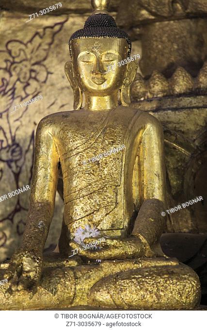 Myanmar, Burma, Bagan, Ananda Temple, Buddha statue,