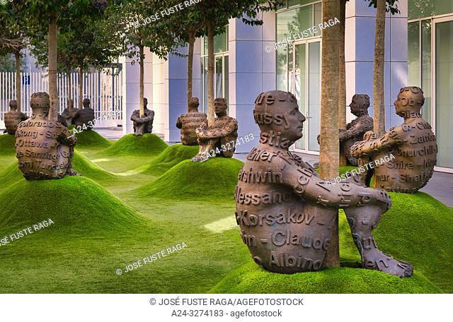 Barcelona City, Modern Art Museum, Jaume Plensa Sculptures