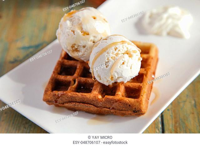 Vanilla ice cream with waffle