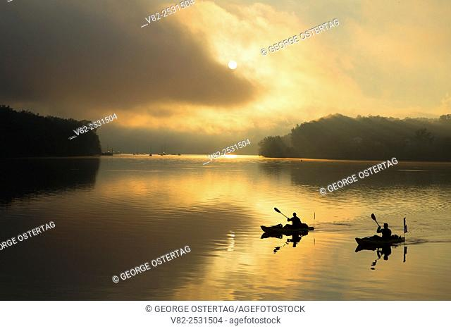 Kayaker sunrise at Connecticut River, Middletown Lions Park, Middletown, Connecticut