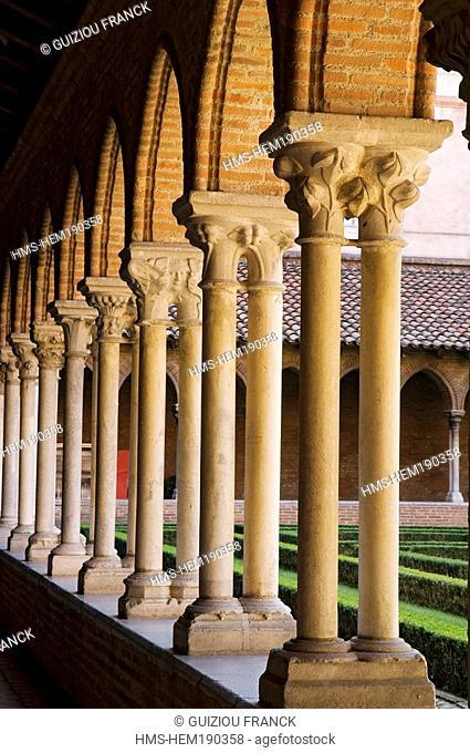 France, Haute Garonne, Toulouse, Couvent des Jacobins Jacobin convent, cloister arcades