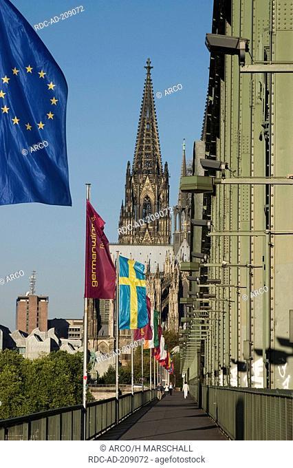 Cologne Cathedral and Hohenzollern Bridge, Cologne, North Rhine-Westphalia, Germany, Köln, Kölner Dom