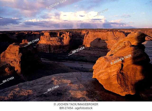 USA, United States of America, Arizona: Canyon de Chelly. Park with bizarre erosion landscape. Navajo Indian Reservation