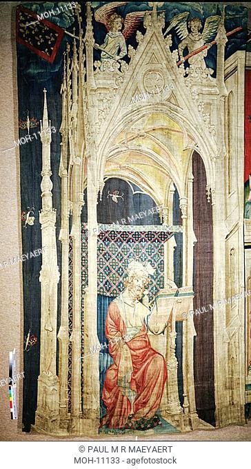 La Tenture de l'Apocalypse d'Angers, Grand Personnage assis sous un baldaquin 4,53 x 2,42m