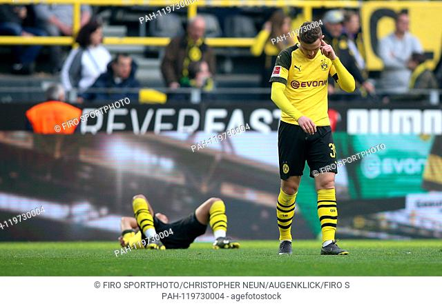 firo: 27.04.2019, football, 1.Bundesliga, season 2018/2019, BVB, Borussia Dortmund - FC Schalke 04, final jubilation, exhaustion, facial expressions