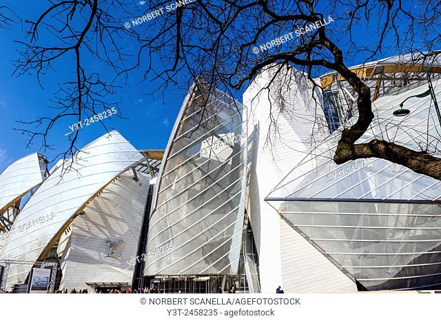 Europe, France, Paris. Fondation Louis Vuitton conceived by architect Frank O. Gehry in Paris, Bois de Boulogne