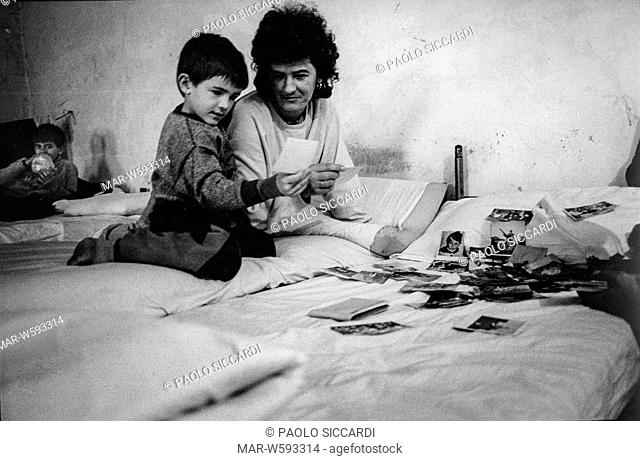 slavonia, croatia, mother and child muslim refugees from gasinci in a UNHCR refugee camps, 1993